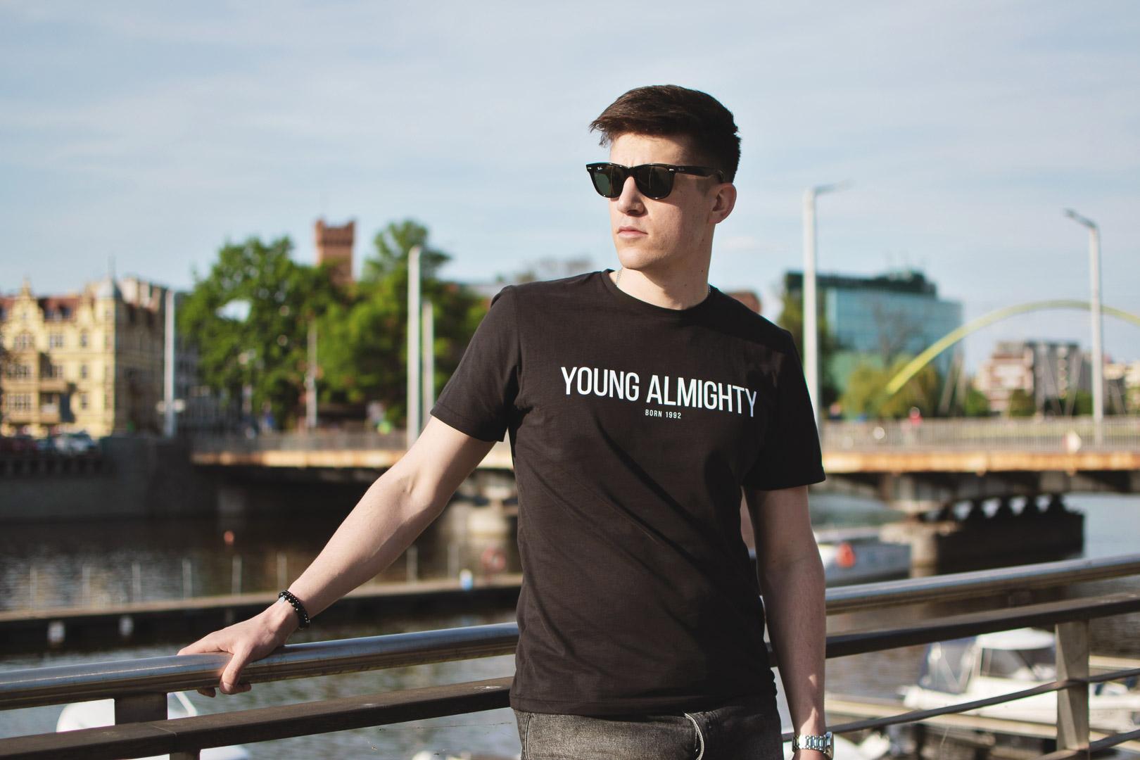 Young Almighty, Koszulka, Moodel, Blog męski, Blog, Ray Ban, instagram, styl, mężczyzna