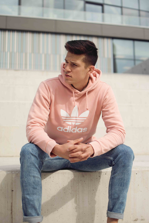 Styl młodzieżowy męski : propozycja od blogera Męski punkt